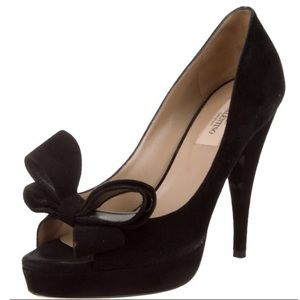Valentino couture bow suede pumps 8